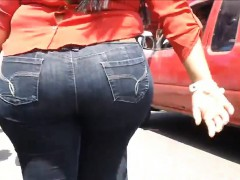 Wide Latin Booty In Tight Jeans Outside
