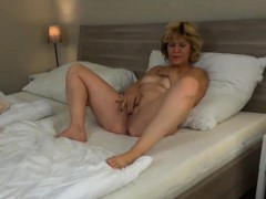 See old granny rolling in lesbian compilation