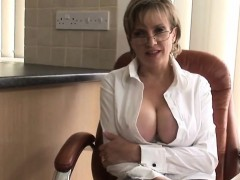 Unfaithful english milf lady sonia presents her huge natural
