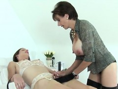 Adulterous British Milf Lady Sonia Reveals Her Oversized Bre