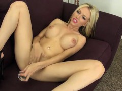 Jeanie Marie Masturbating with Toys