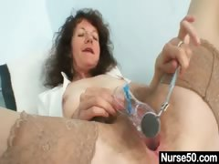 Aged amateur lady extremly hairy pussy self exam