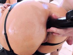 Getting Her Ass ready for Anal
