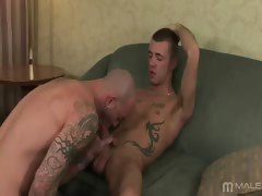 Sam lured in Jesse by advertising his leather gear in the