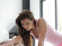 Sexual and hot oil massage for beauty