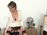 Unfaithful english milf lady sonia pops out her gigantic kno