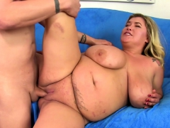 Big Boobed Plumper Gets Her Tits Sucked And She Gives A