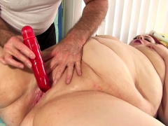 Sexy Bbw Visits A Masseur He Gets Her Naked And Massaging