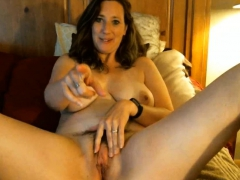 Horny cougar favorite position is doggystyle
