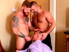 Muscle Gay Threesome And Facial