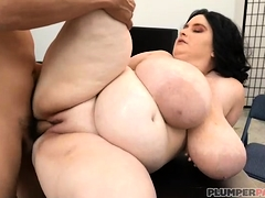 Busty BBW MILF Alyson Galen Shows OFF H Cup Tits