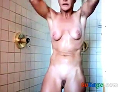 40 Yo Milf Girl In Shower